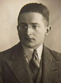 Marian Rejewski, probably 1932. Photo courtesy of Janina Sylwestrzak, Rejewski's daughter.